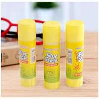 Wholesale Plastic glue stick solid glue stick wallpaper glue
