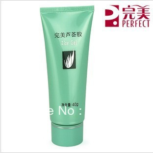 Wrinkle scar removal cream moisturizing Aloe Vera Gel anti acne comes form LeRoy international 40g