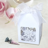 "Sample Order FB1002-15 12pcs/set 2""*2""*3"" Merry Christmas Laser Cut Snowflake Favor box in Pearlescent Paper Ivory"