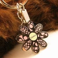 Keychain women's car male pendant pink flower petals classic