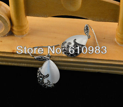Free shipping (5pairs\lot) Retro Ethnic tibetan silver and Water-drop-shaped white Opal Cat's eye pendants drop earrings(China (Mainland))