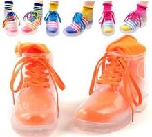 2013 Fashion TransparentWomen Rain shoes for Ladies Rainboot & Free with Muti Color Socks(China (Mainland))