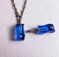 rice vial pendant Freeshipping!! 100PCS Curved shape blue glass Vial Pendants screw cap SC6403  perfume bottle