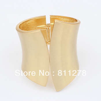 statement gold plain metal bangle fashion bangle wholesale jewelry 2013