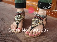 The latest national wind shoes Bohemian rivet beaded clip toe Roman flat sandals