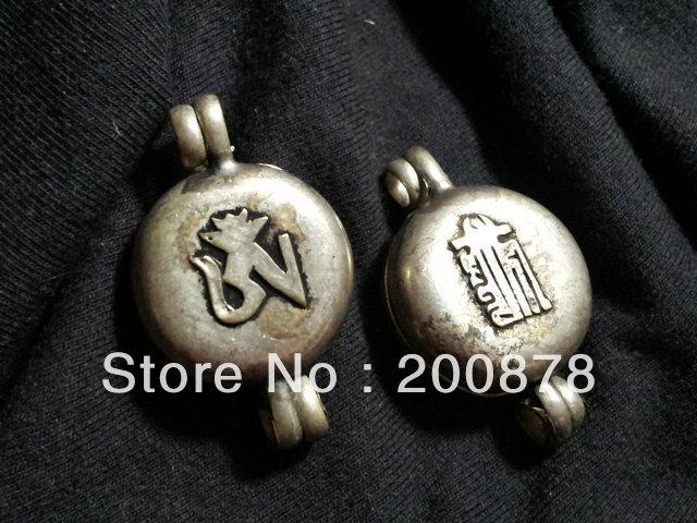 TGB167 Tibet White Metal Antiqued OM and Kalachakra Prayer box,22mm,Tibetan amulets pendants,ethnic Handmade jewelry Wholesale(China (Mainland))