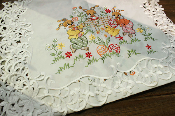 Easter rabbit easter eggs white embroidered table dining table cloth table runner gremial multi-purpose towel 56x116cm(China (Mainland))