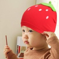 Hot Selling!!! Free shipping 1piece  Lovely strawberry styling kit lens cap baby hat baby hat