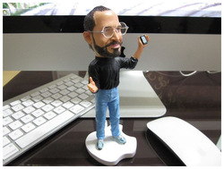 Apples store CEO Steve Jobs 18cm resin material doll Artificial Sculpture Souvenir Toys +Free shipping(China (Mainland))