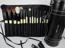 Free Shipping high quality 18pcs/set natural animal hair Makeup Brushes Professional Cosmetic Make Up Set(China (Mainland))