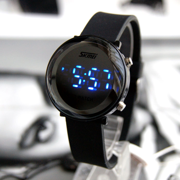 Free shipping Ultra-thin 12 circle fashion waterproof sports led watches personalized ladies watch(China (Mainland))