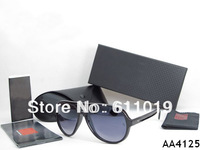 Free shipping Sell well classic style woman/men sunglasses come with original box colors 4pcs