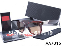 Free shipping sell well leisure fashion woman men square sunglasses come with original box