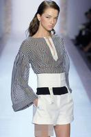 free shipping  Fashion t ruslana korshunova large female flare sleeve stripe shirt V-neck long-sleeve shirt female spring