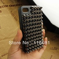 Free shipping 100pcs/ lot Pyramid Studded Rivet Scale Back Case for iPhone 4 4S punk ultra thin hard Cover case for iphone4 4G