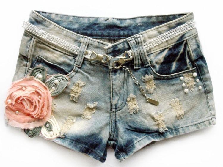 Как украсить джинсовые шорты фото