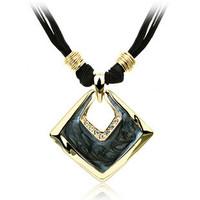 Hot 2013 fashion classics  luxurious necklace female short design necklace  Free Shipping