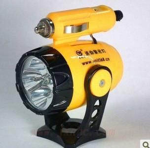 Mini Car multifunctional lamp rechargeable flash LED lights cigarette socket supply power emergency lamp