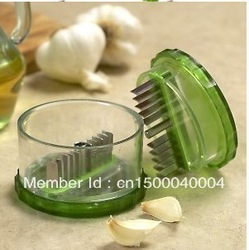 Retail Garlic Pro No-Touch Garlic Dicer With BONUS E-Z Peel As Seen On TV Garlic Chopper,Garlic Peeler China Post Free Shipping(China (Mainland))