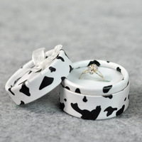 Accessories packaging material cow round box jewelry stud earring circle bow box ring gift box