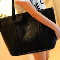 Fashion big bags crocodile pattern vintage messenger bag 2013 spring black portable women's one shoulder handbag