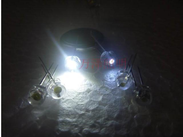 Free shipping 1000pcs/lot 5mm 0.2w Super bright big chip light white LED Lamp beads f5 straw hat emitting diode 5000-6000mcd(China (Mainland))
