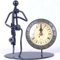 Freeshipping Fashion personality metal band bass saxophone style clock small gift Metal of Desk clocks