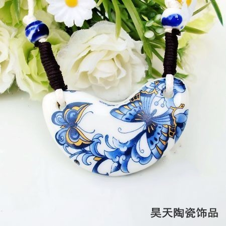 Ceramic accessories unique necklace pendant blue and white butterfly(China (Mainland))