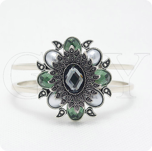 Free shipping VI 18K gold plated bracelet fashion royal thai silver vintage fashion green crystal women jewelry(China (Mainland))