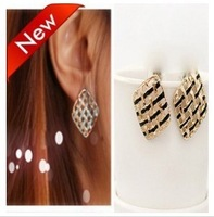 Fashion cutout cube stud earring