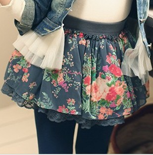 2013 spring children's clothing female child small vintage lace decoration puff skirt short skirt bust skirt