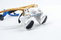 Dental Binocular Loupes 3 5X 420mm Optical Glass Loupe Golden Yellow Color