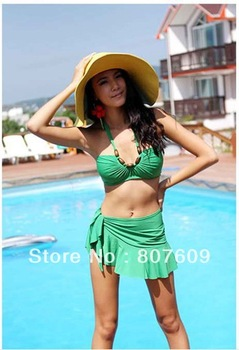A three-piece suit sexy bikini to swimsuit hot sale wholesale color green