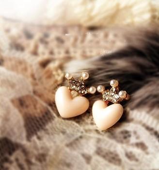 2013 new cute flash  love earrings
