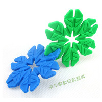 Free shipping Leaves snowflakes Large thickening plastic building blocks futhermore child baby educational toys 3 - 7