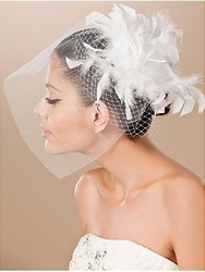 Beautiful Tulle And Feather Wedding Bridal Fascinator/Headpiece LYR-TH003 Free Shipping(China (Mainland))