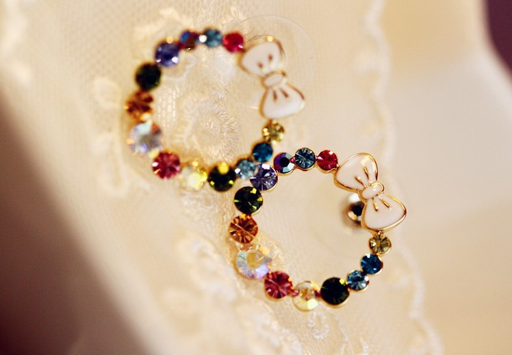 2013 New colorful butterfly flower pearl earrings Free Shipping(China (Mainland))