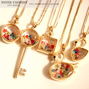 2013 new fashion women girl's wishing perfume bottle pendant necklace chain crystal rhinestone key swan designer jewelry 130380