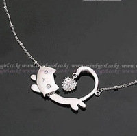 Promotion! Wholesale! Min.order is $10(mix order)Fashion gentlewomen cat necklace/Free shipping/SN121
