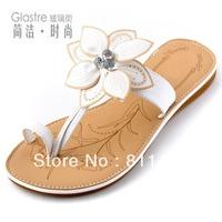 New arrival 2013 flower shoes flat heel flat toe-covering flip-flop slippers fashion big flower gentlewomen comfortable sandals