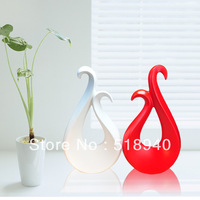 2013 Minimalist modern Wedding gift decoration fashion ceramic home decoration lovers swan modern brief