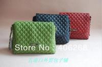 free shipping  classic  solid plaid  chain shoulder bag  sling bag banquet bag