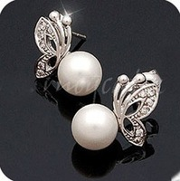 classic design imitation pearl butterfly earrings Uhuo Jewelry UE083