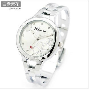 KIMIO quartz watches Korea retro diamond bracelet fashion female fashion watches 425(China (Mainland))