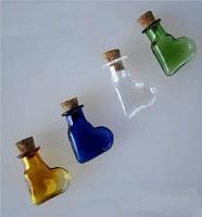 Free shipping 100pcs/lot kawaii small heart mixed color 20mm cork Wish Mini glass Bottle Perfume essential oil vial  pendant
