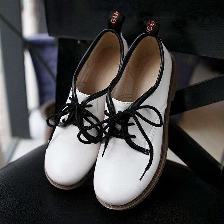 Vintage british style flat casual leather preppy style cool single shoes female fashion color block women's lacing shoes(China (Mainland))