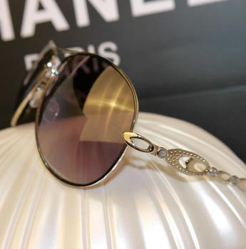 Lower prices hot sale Women's large sunglasses fashion metal sunglasses anti-uv diamond glasses uv400 personality sunglasses