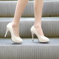 Single shoes personality rivet platform high-heeled platform shoes women's shoes small yards 30 - 33 plus size 40 - 43