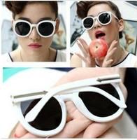 Free shipping (10pcs/lot) summer fashion women and men sunglasses round glasses unisex retro sunglasses