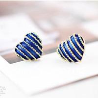Min Order 12$ Retro Heart Shaper Style Earrings Vintage Love Stud Earring New model Earrings  Fashion Jewelry Four Colors